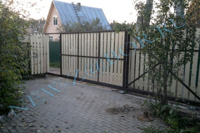 Откатные ворота компании «Новый забор»