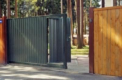 Ворота с  уже оборудованной калиткой