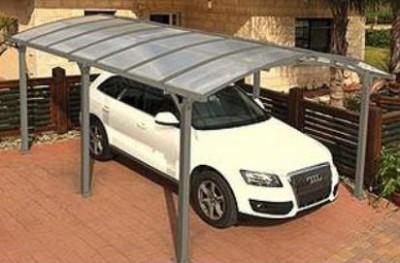 Под навесом из поликарбоната за автомобиль можно не бояться Он будет надежно защищен