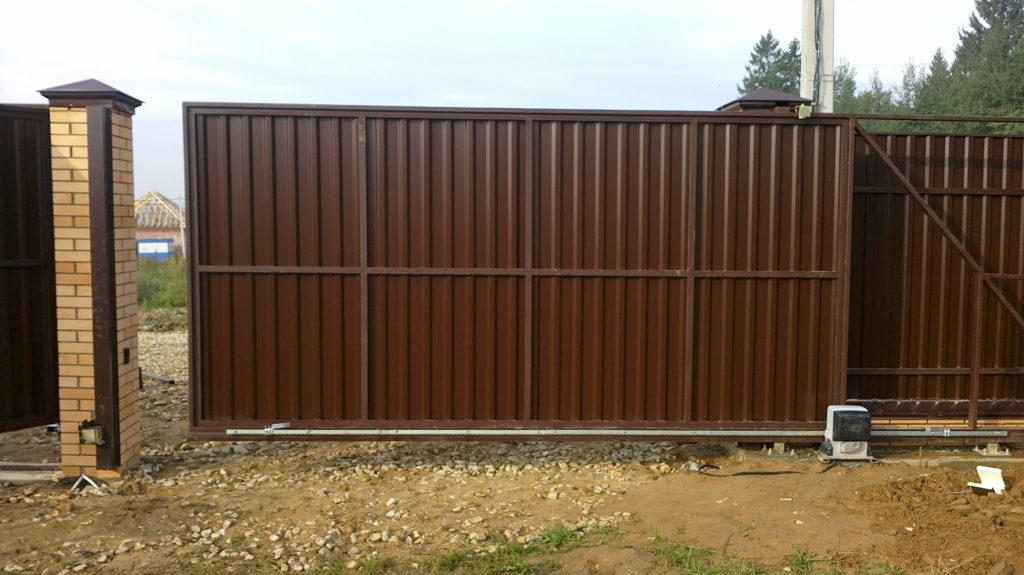 Ворота откатные в заборе своими руками 51
